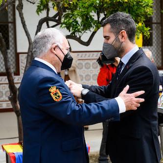 Alcalde Almería patrón militares