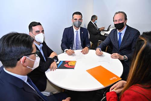 Alcalde Almería convenio Movelia
