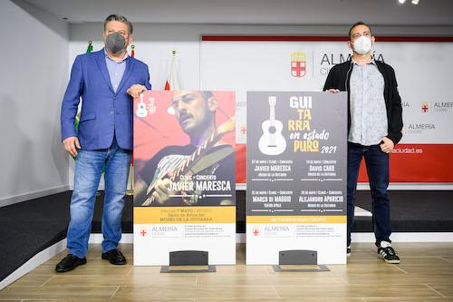 Almería Guitarra estado puro