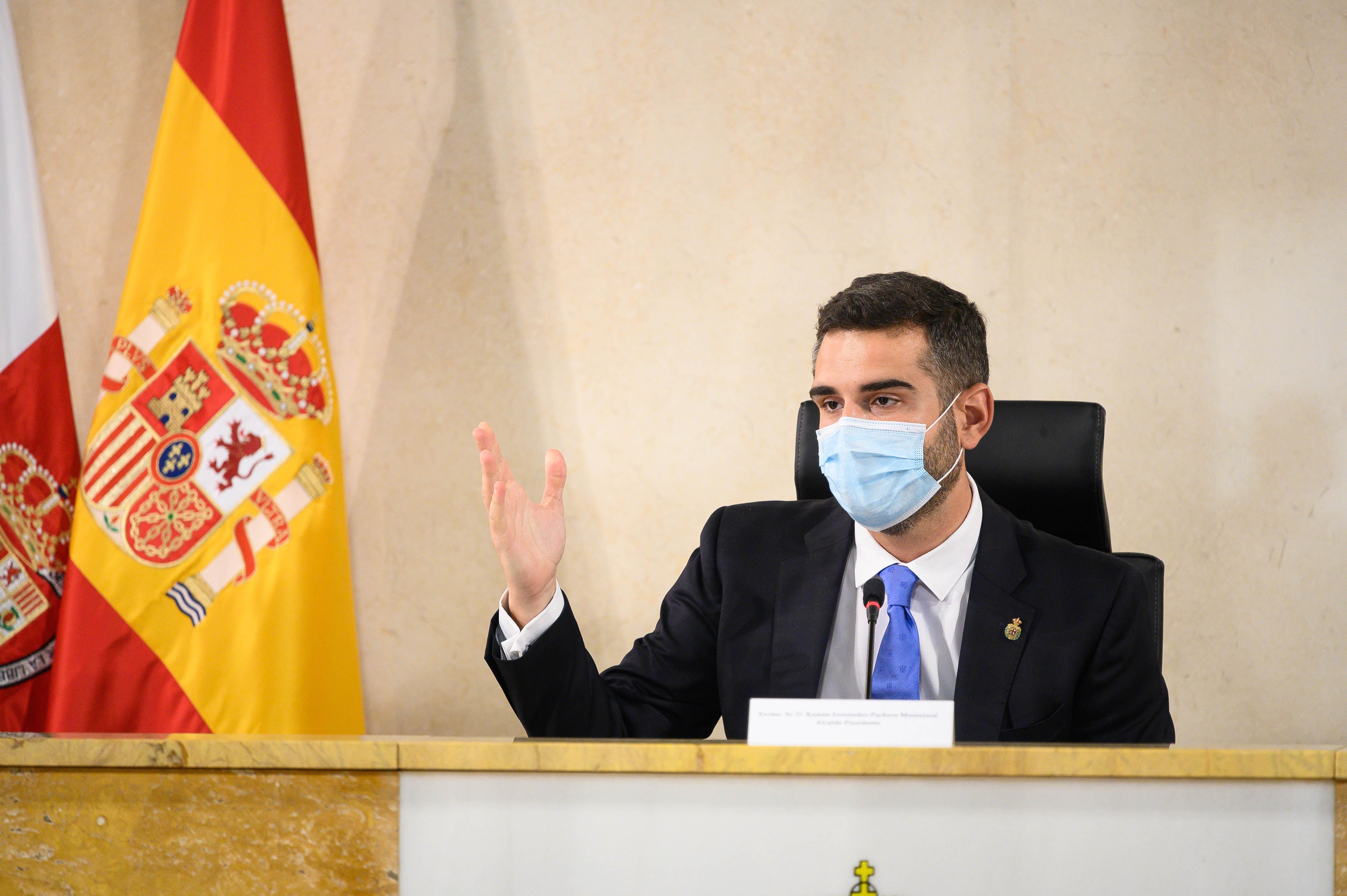 Alcalde pleno ayuntamiento Almería