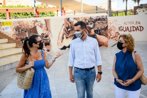 Alcalde Almería mural igualdad