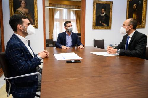 Alcalde Almería director aeropuerto