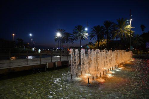Almería iluminación solidaria fuentes