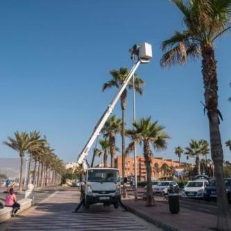 Almería luminarias Paseo Marítimo