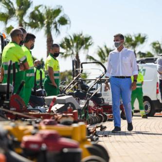 Almería vehiculos parques jardines