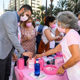 Almería manifiesto cáncer mama